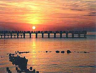 Город Паланга с морем